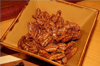 Maple Chipotle Pecans